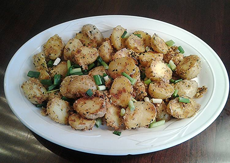 Parmesan Crumb Roasted Potatos