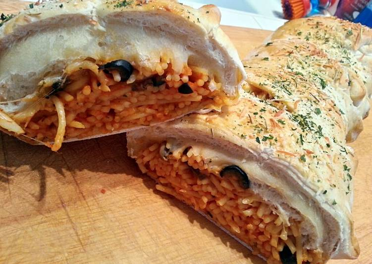 How to Make Ultimate Ray's Stuffed Spaghetti Bread