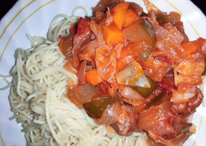 Spaghetti with soya vege stew🍲