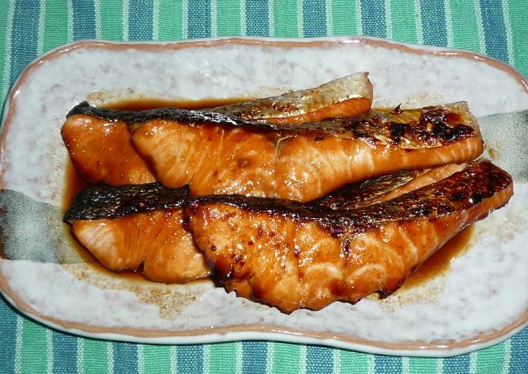 Easiest Way to Make Tasty Easy Grilled Salmon with Mirin and Soy Sauce