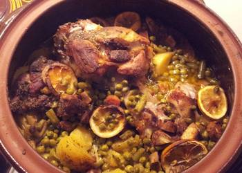 How to Make Perfect Pork knuckle and neck in a clay pot