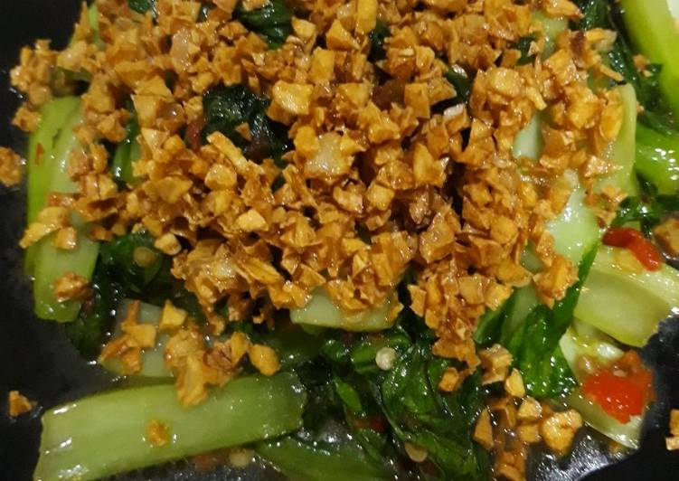 Tumis pakcoy bawang putih