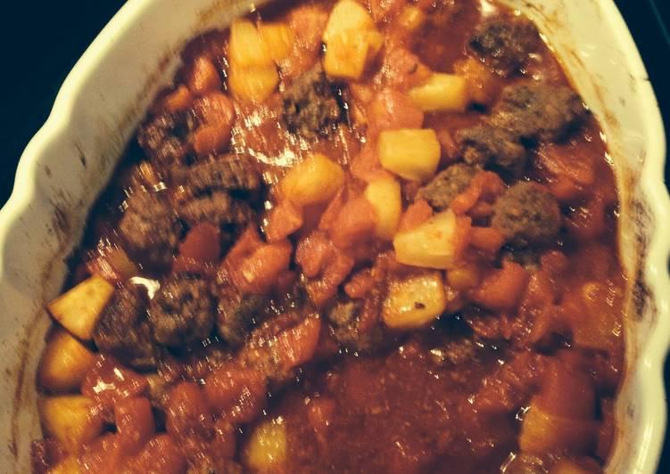 Sweet Tomatoes And Pineapple Meatball