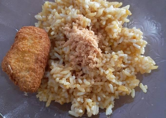 Nasi goreng blue band abon ayam 🐔 #MPAsi 22 month