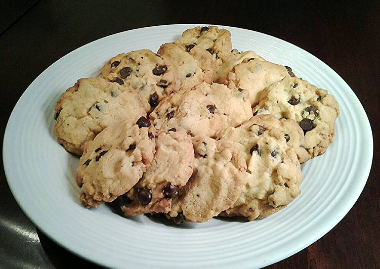 Easiest Way to Cook Tasty Crispy Chocolate Chip Cookies
