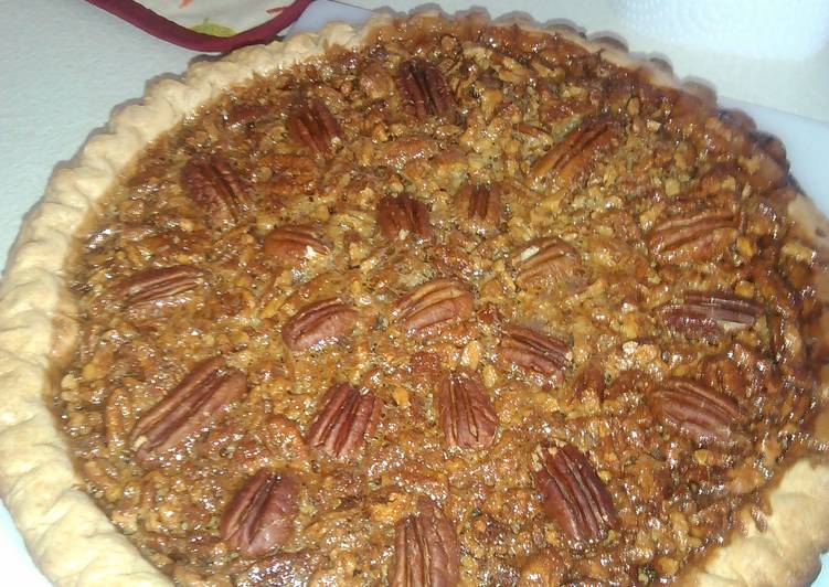 Pecan pie , makes 2