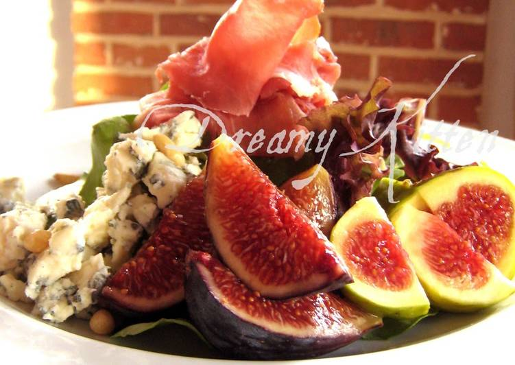 Easiest Way to Prepare Yummy Fig, Dry-Cured Ham, and Blue Cheese Salad