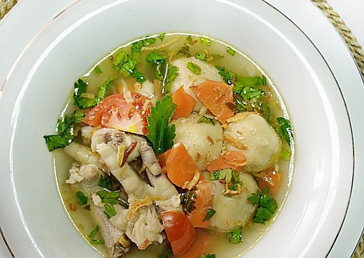 Sup ceker bakso tempe