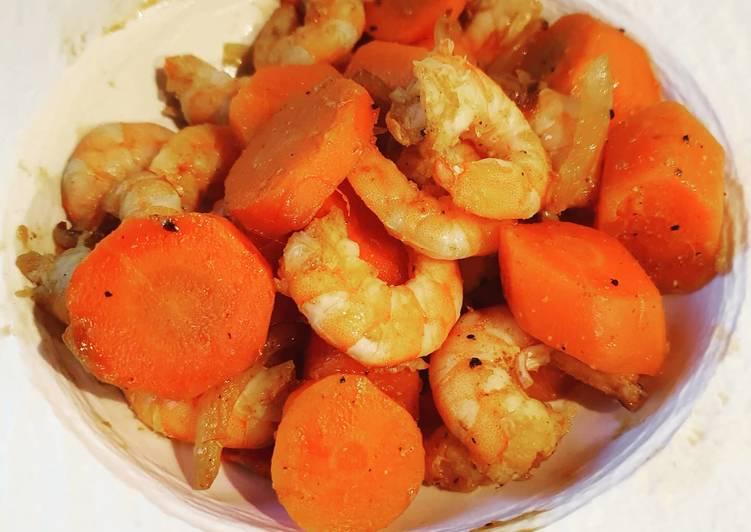 Recette: Poêlée carottes crevettes