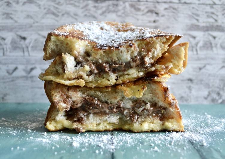 Easiest Way to Prepare Top-Rated Chocolate Hazelnut French Toast