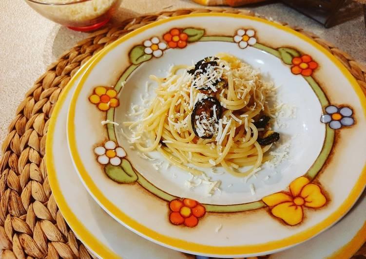 Spaghetti Zucchine e Ricotta Salata