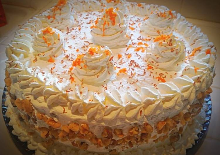 Simple Way to Make Homemade Ray's Pineapple Cream Carrot Cake
