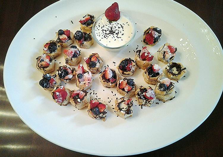 Recipe of Homemade Creme Anglaise fruit tarts