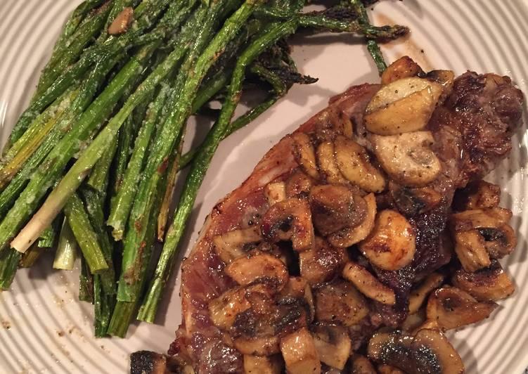 NY Strip Steak, Asparagus And Mushrooms