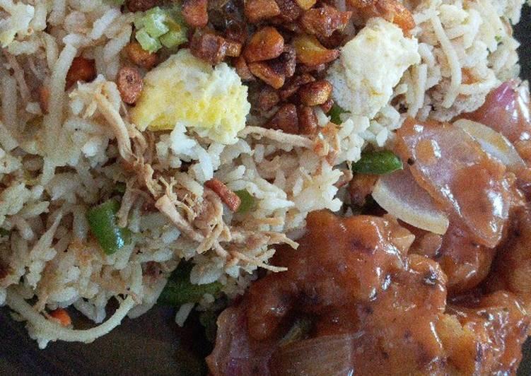 Burnt garlic mixed chicken rice with manchurian gravy