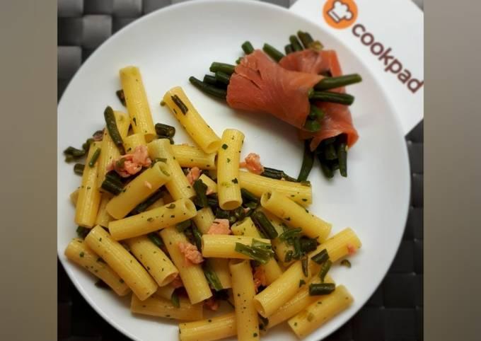 Pasta fagiolini e salmone