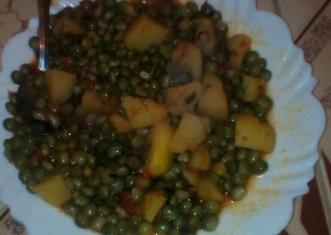Stewed Peas+ waru