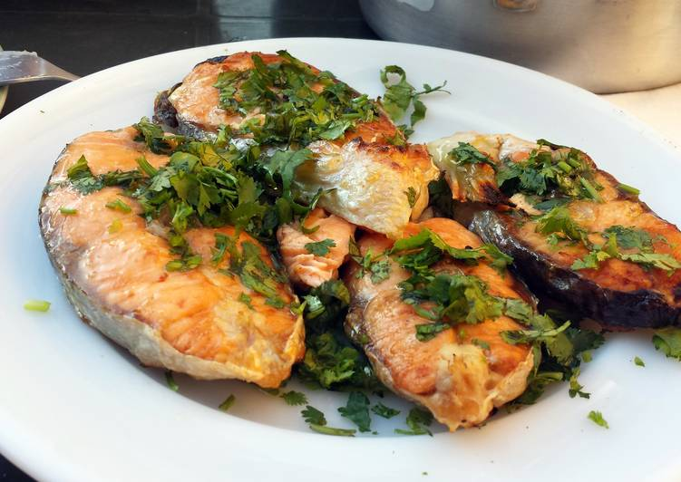 Salmon with olive oil & coriander