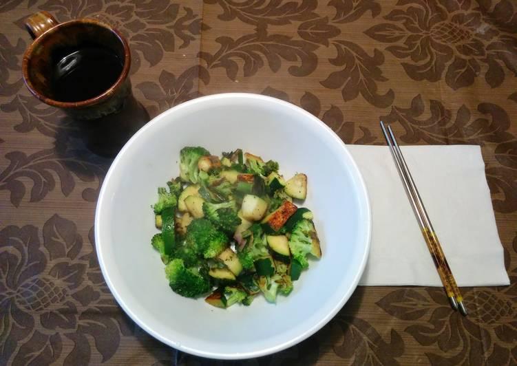 Stir Fried Squash and Broccoli