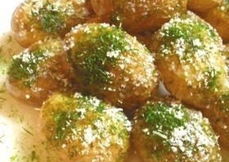 Fried Spring Potatoes with Cheese and Nori Seaweed