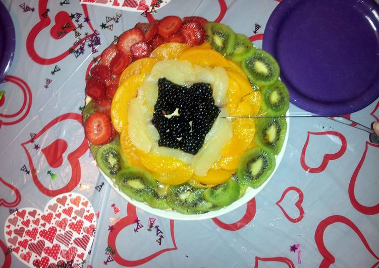 Cheesecake with fruit toppings ...
