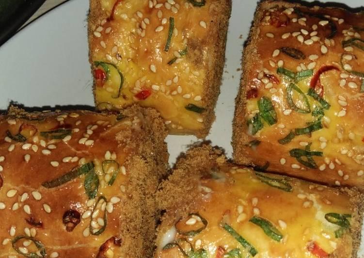 Floss roll (Roti gulung abon)