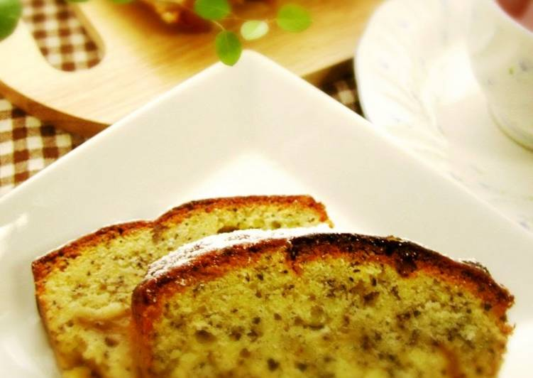 Apple Tea Poundcake