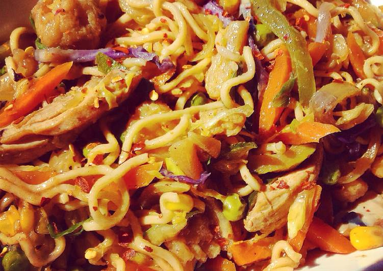 The Easiest Way To Create Delectable Chicken Chow Mein