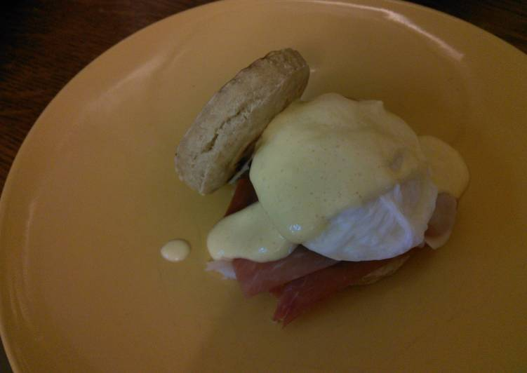 Easy eggs Benedict got to 330 cals if recipes followed
