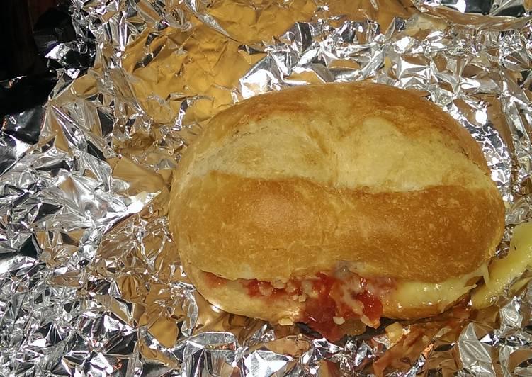 Mandys hot cheesy salsa rolls