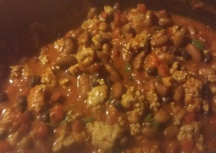 Recipe: Yummy Simple Turkey Chili in the Crock Pot
