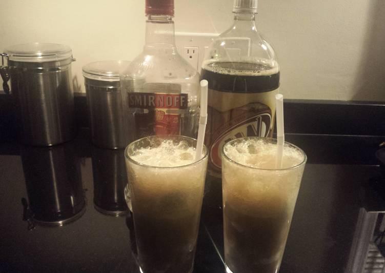 Recipe of Homemade Vodka root beer float