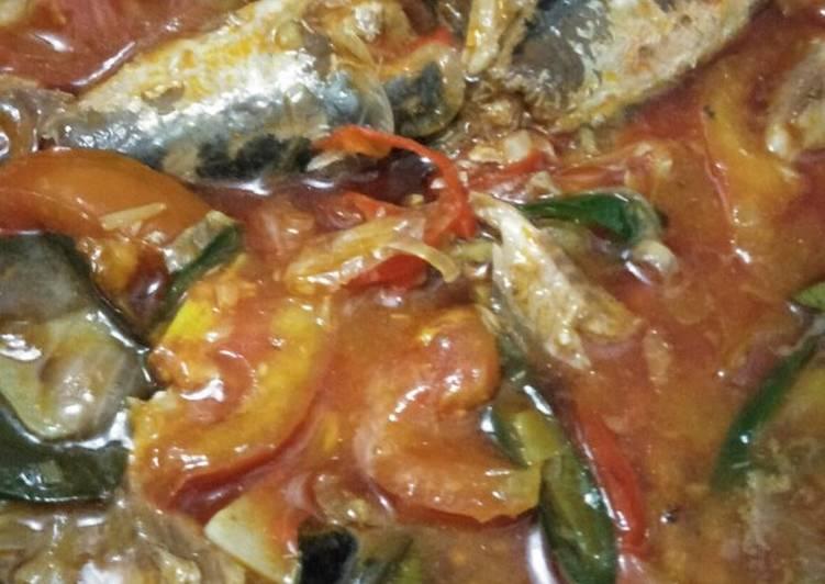 Ikan Sarden (olahan kaleng)