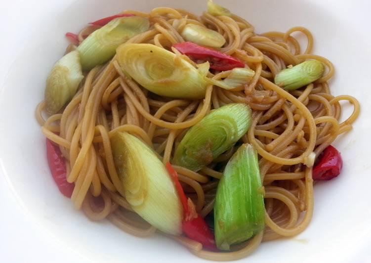 Spaghetti With Leeks