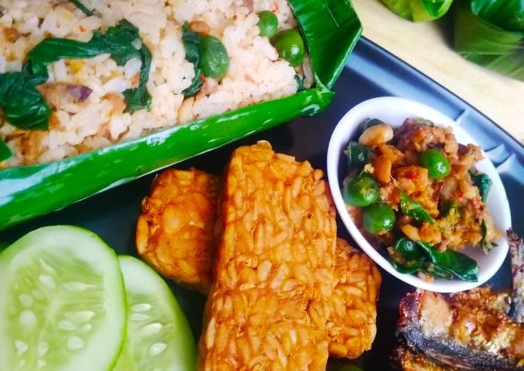 Nasi Tutug Oncom Bakar Teflon khas Bandung