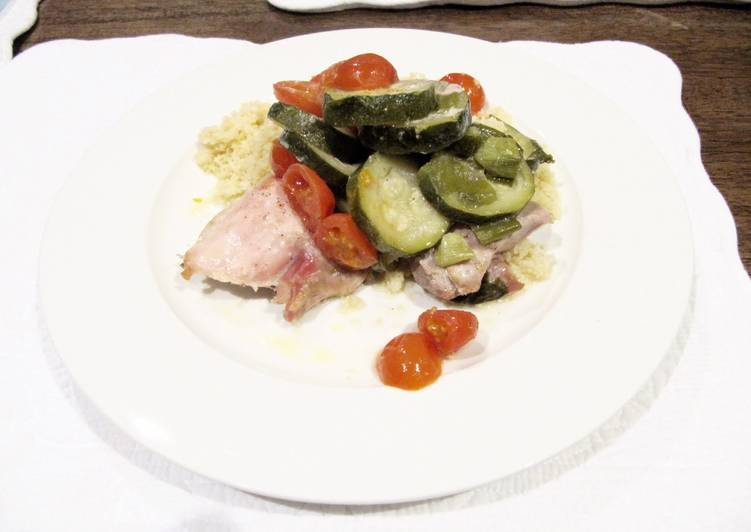 Recipe: Delicious Chicken Zucchini And Cherry Tomatoes