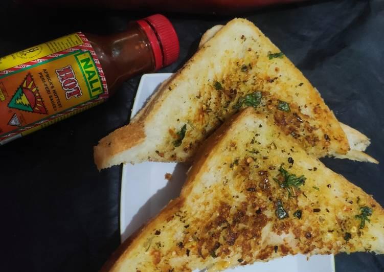 Garlic bread toasted smadwich