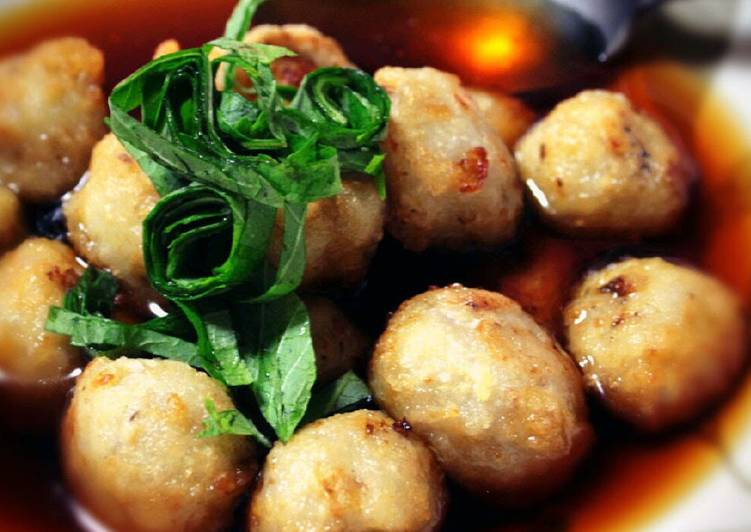 Simple Way to Prepare Award-winning Simple is Best! Soft and Creamy Deep-Fried Taro Roots in Sauce (Agedashi)