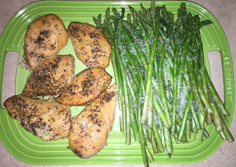 Stupid Easy (Healthy) Crock Pot Chicken & Asparagus