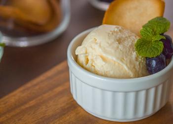How to Cook Delicious Lemon  White Chocolate Ice Cream