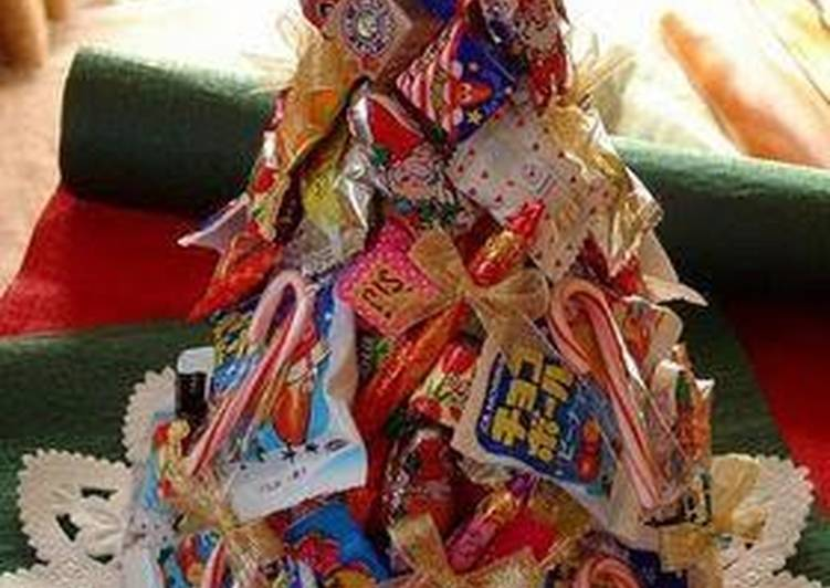 Easiest Way to Prepare Yummy Candy Christmas Tree