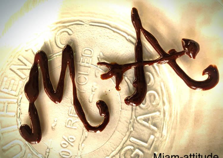 Comment faire Faire Délicieuse Sauce au chocolat, pour brigade... du tigre ! #saucechocolat #labrigadeentablier #monochromemarron
