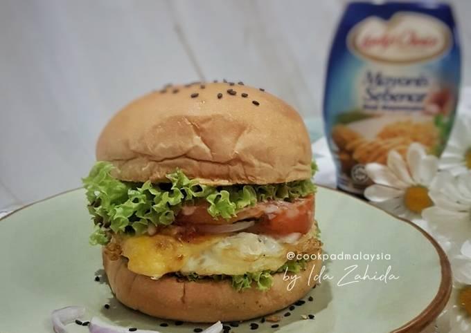 Burger Telur Mata