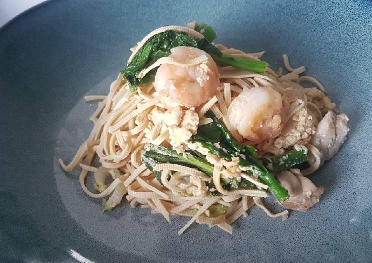Sauteé Soy Noodle