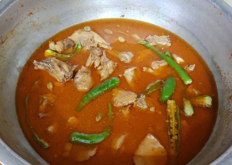 What are some Dinner Easy Favorite Chicken ka salan