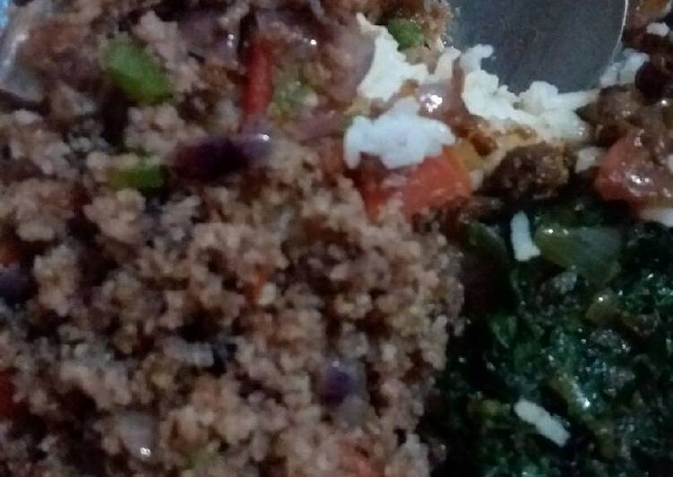 Fried Minced meat, spinach with rice
