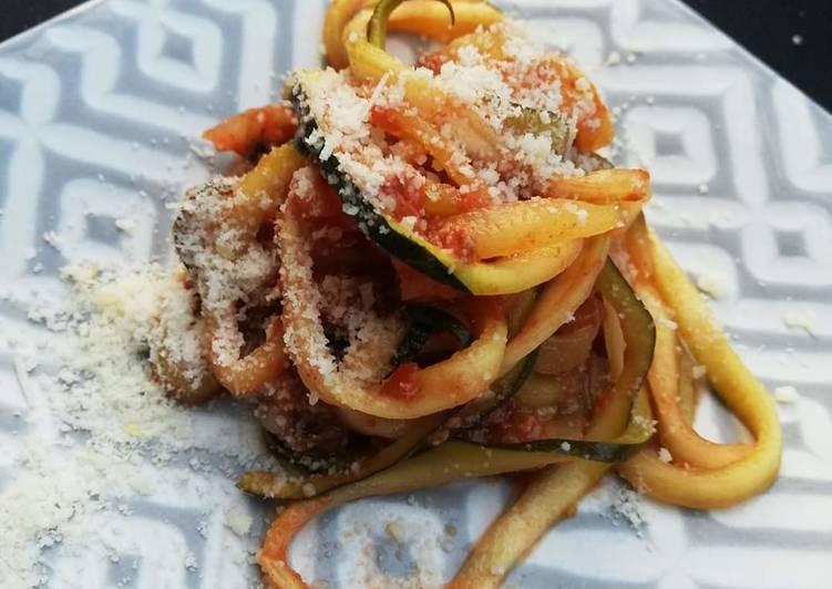 Spaghetti de courgettes à la bolognaise