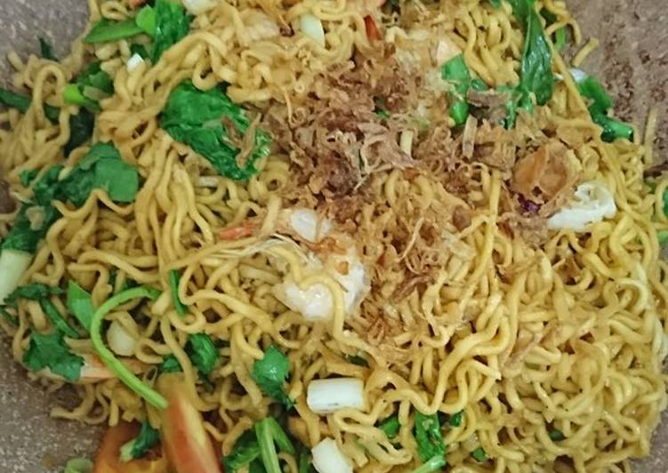 Resep Bakmie goreng favorit! Paling Top