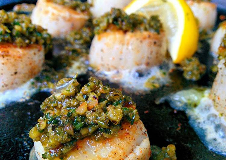 Smoky seared scallops with pesto