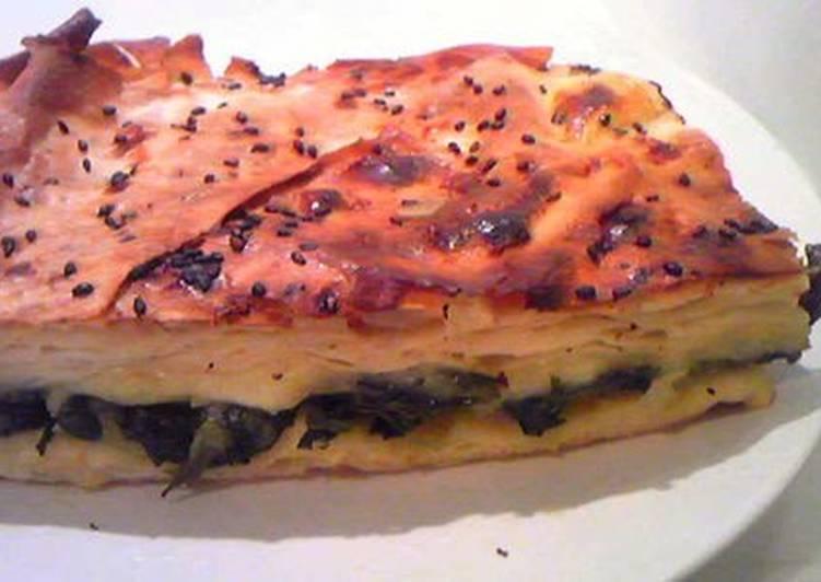 Spinach Pie - Börek (Turkish Food)